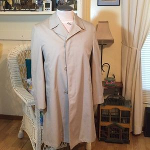 Trench coat by Gleneagles w/Zipper In/Out Lining